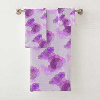 静かにピンク及び紫色の円はピンクのパターンを設計します バスタオルセット
