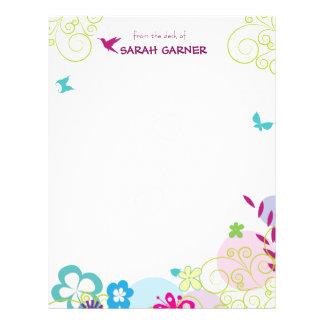 静止したかわいらしくお洒落な春の花の書くこと レターヘッド