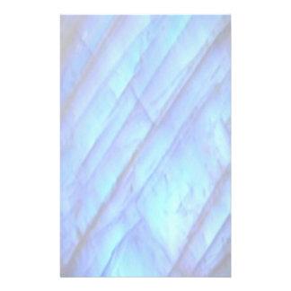 静止した乳白色の氷ったラベンダー 便箋