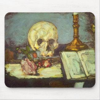 静物画wのスカル、蝋燭、ポールセザンヌ著作の本 マウスパッド