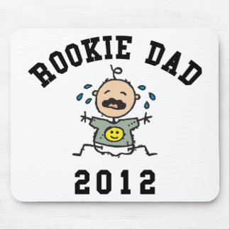 非常におもしろいで新しい新人のパパ2012のTシャツ マウスパッド