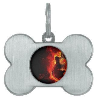 非常に熱いギター、オレンジは音楽ロック・バンドを炎にあてます ペットネームタグ