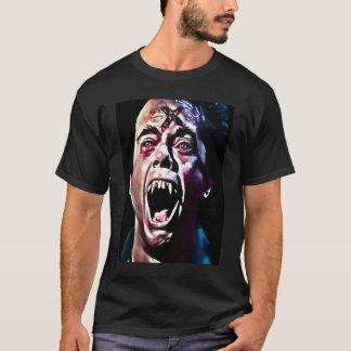 非常に熱い吸血鬼のエアブラシの芸術 Tシャツ