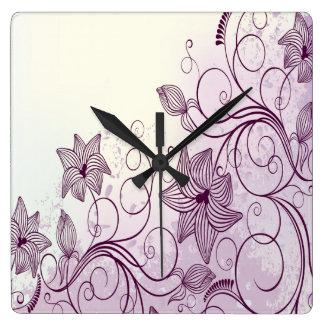 非常に美しい紫色の花 スクエア壁時計