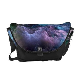 非現実的な嵐の海 メッセンジャーバッグ