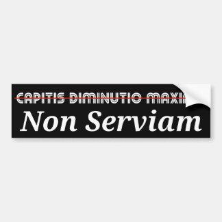 非Capitis Diminutioの最高Serviamの白 バンパーステッカー