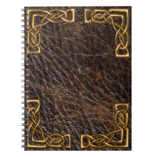 革および金ゴールドのケルト人のノート ノートブック