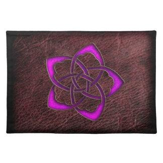 革の神秘的な白熱紫色のケルト族の花 ランチョンマット