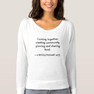 革命的な行為1 Tシャツ