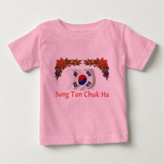 韓国のクリスマス ベビーTシャツ