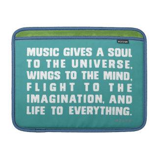 音楽は宇宙に精神を与えます MacBook スリーブ