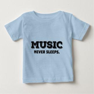 音楽は決して眠りません ベビーTシャツ