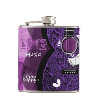 音楽愛好者のファンキーな紫色のギターのデザイン フラスク