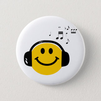 音楽愛情のあるスマイリー 5.7CM 丸型バッジ