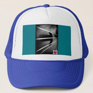 音楽的な寿命のチェロは帽子をひもでつなぎます キャップ