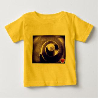 音楽的な寿命のベビーのチェロスクロールTシャツ ベビーTシャツ