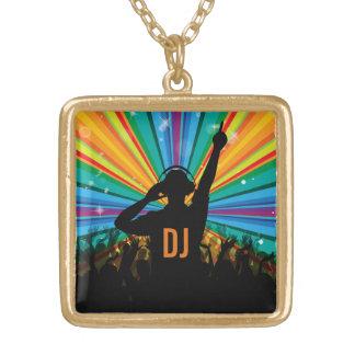音楽DJのカスタムなモノグラムのネックレス ゴールドプレートネックレス