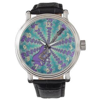 音符の腕時計が付いているサイケデリックな紫色のギター 腕時計
