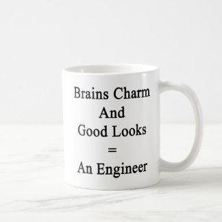 頭脳のチャームおよびよい一見はエンジニアに匹敵します コーヒーマグカップ