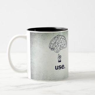 頭脳のマグ ツートーンマグカップ