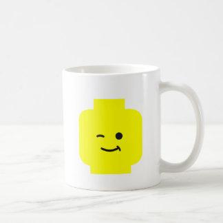 頭部をまばたきさせているMinifigは私のMinifigをカスタマイズ コーヒーマグカップ