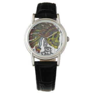 頭飾りのスカル 腕時計