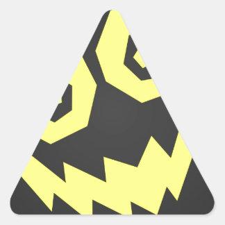 顔の黒で異常なNALGames + 黄色 三角形シール