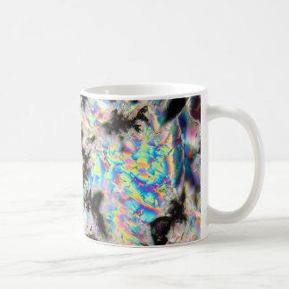 顕微鏡の下のカリウムの硫酸塩 コーヒーマグカップ