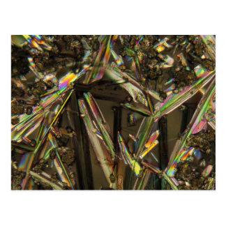 顕微鏡またはアルミン酸塩の下の水晶 ポストカード