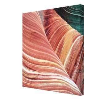 風および水によって腐食させるナバホー人の砂岩 キャンバスプリント