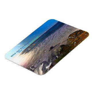 風および海は~サンディエゴ、カリフォルニアを浜に引き上げます マグネット