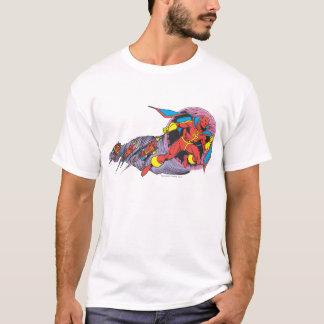 風の動きの赤いトルネード Tシャツ