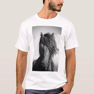 風のFriesianの種馬 Tシャツ