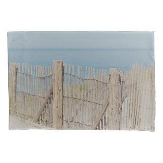 風化させたビーチの塀 枕カバー