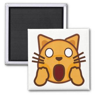 風変りな猫の顔Emoji マグネット