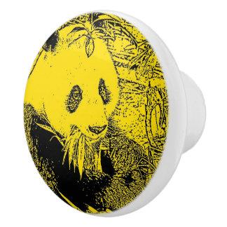 風変りな芸術-黄色い(c)パンダ セラミックノブ