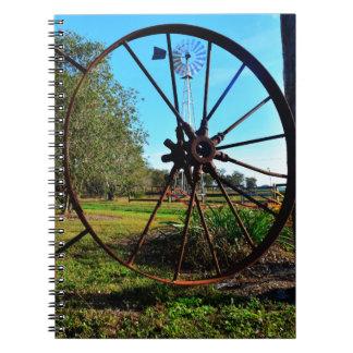 風車及び荷馬車の車輪田園クイーンズランドオーストラリア ノートブック