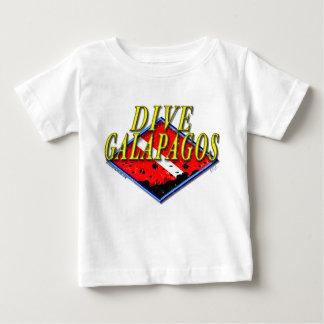 飛び込みのガラパゴスの乳児のTシャツ ベビーTシャツ