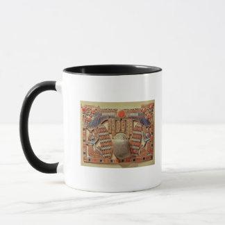 飛んだオオタマオシコガネと飾られる胸 マグカップ
