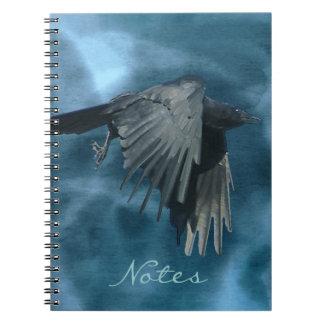 飛んでいるで神秘的なカラス及び嵐のノート ノートブック