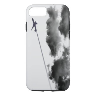 飛んでいるで遠くになまたはジェット機の飛行機またはパイロットのギフト iPhone 8/7ケース