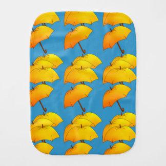 飛んでいるで黄色い傘 バープクロス