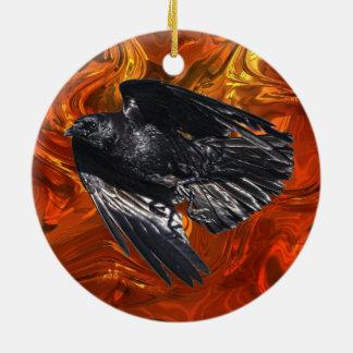 飛んでいるで黒いワタリガラスのカラス恋人の写真のデザイン7 セラミックオーナメント