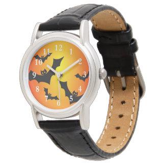 飛んでいるなこうもりの腕時計 腕時計