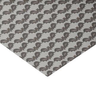 飛んでいるなこうもりの黒の灰色のハッピーハローウィンのプリント 薄葉紙