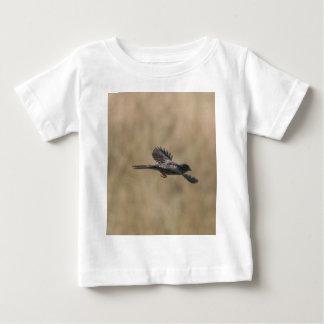 飛んでいるなフィンチ ベビーTシャツ
