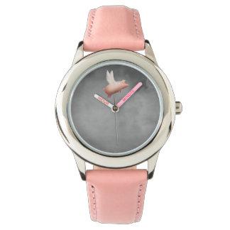 飛んでいるなブタの子供の腕時計 腕時計