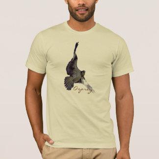 飛んでいるなミサゴの魚タカの野性生物のTシャツ Tシャツ
