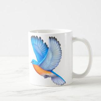 飛んでいるな東のブルーバードの鳥類の芸術のマグ コーヒーマグカップ