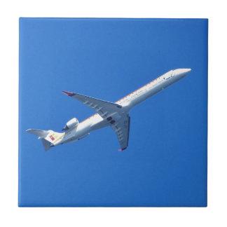 飛行中のカナディアCL-600 タイル